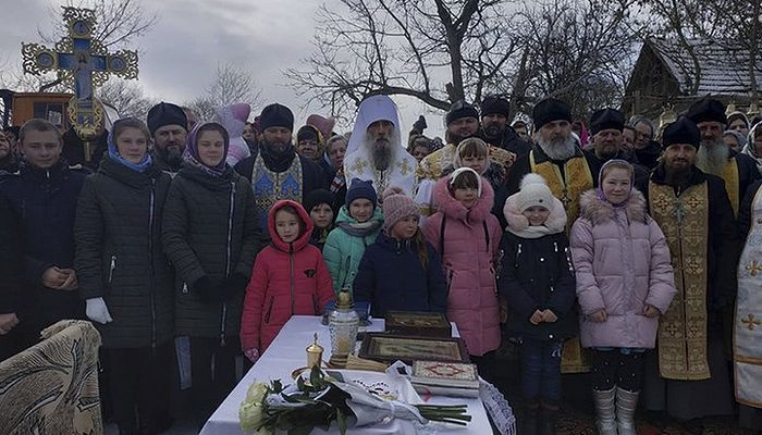 An earlier outdoor service celebrated by His Eminence Metropolitan Sergei of Ternopil