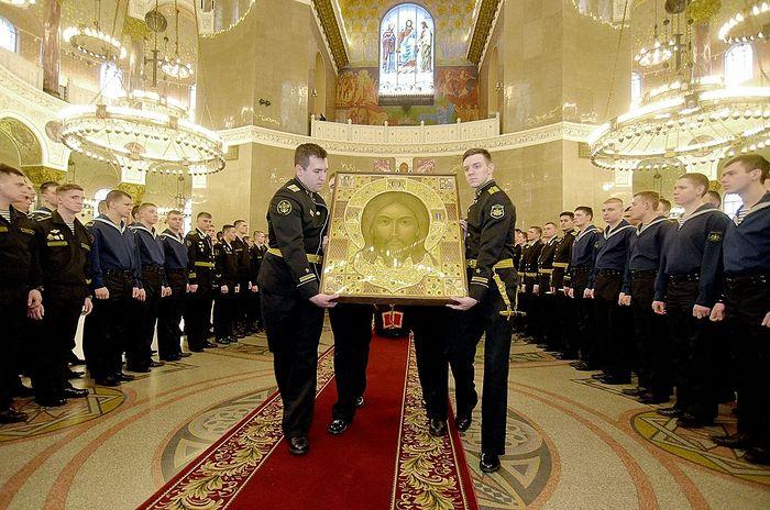 Главная икона Вооруженных сил Российской Федерации принесена в Санкт-Петербург