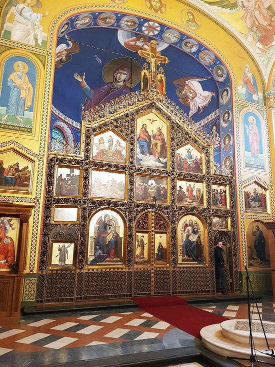 Внутреннее убранство собора до землетрясения