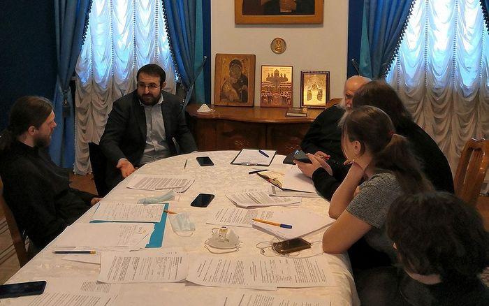 В Синодальном отделе по благотворительности обсудили организацию помощи в связи с распространением коронавирусной инфекции
