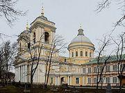 Правовое управление Московской Патриархии прокомментировало постановление Правительства Санкт-Петербурга, согласно которому запрещается посещение храмов