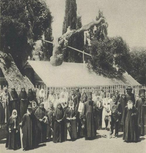 Русские паломники в Иерусалиме. Фото начала ХХ века