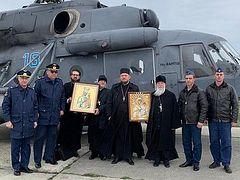 Από αέρος λιτάνευση πάνω από το έδαφος της περιφέρειας Ροστόφ με τη εικόνα της Παναγίας Ακσαΐ