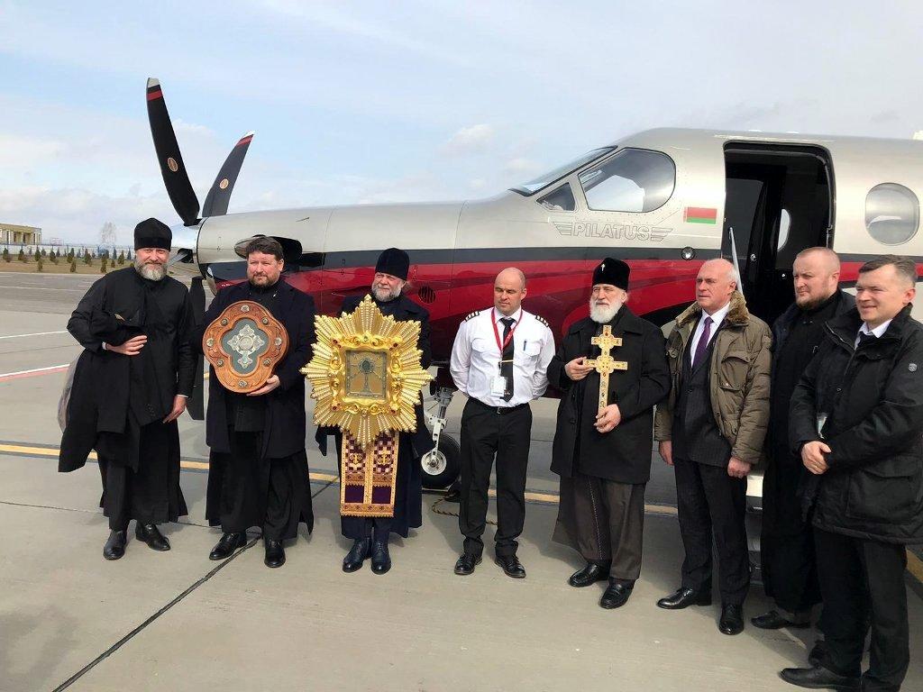 Митрополит Минский Павел совершил облет границ Белоруссии со святынями Белорусской Православной Церкви