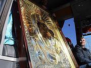 По улицам Челябинска провезли чудотворную икону Пресвятой Богородицы