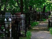 В Москве закрыт доступ на городские кладбища