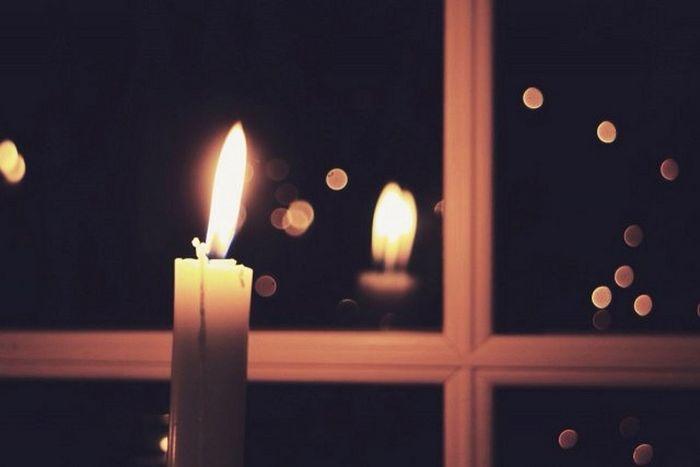 Православные в условиях карантина зажгут свечи в окнах в пасхальную ночь