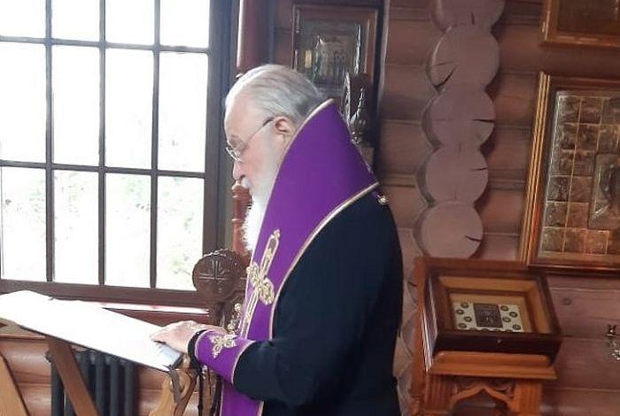 В канун Великого Четвертка Святейший Патриарх Кирилл совершил малое повечерие и утреню