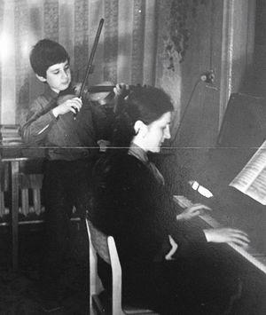 Домашнее музицирование с мамой 1984 год