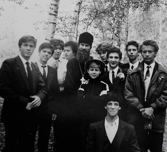 Мужской хор Новодевичьего монастыря. Регент иеромонах Амвросий (Носов), 1989 г.