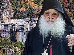 """Αγιορείτης Ηγούμενος: """"Ετοιμάζουν να σφραγίζουν τον κόσμο -Ανοίξτε ΤΩΡΑ τις Εκκλησίες"""""""