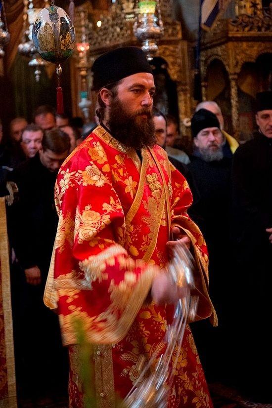 Ιερή Ακολουθία στην Ιερά Μονή Δοχειαρίου