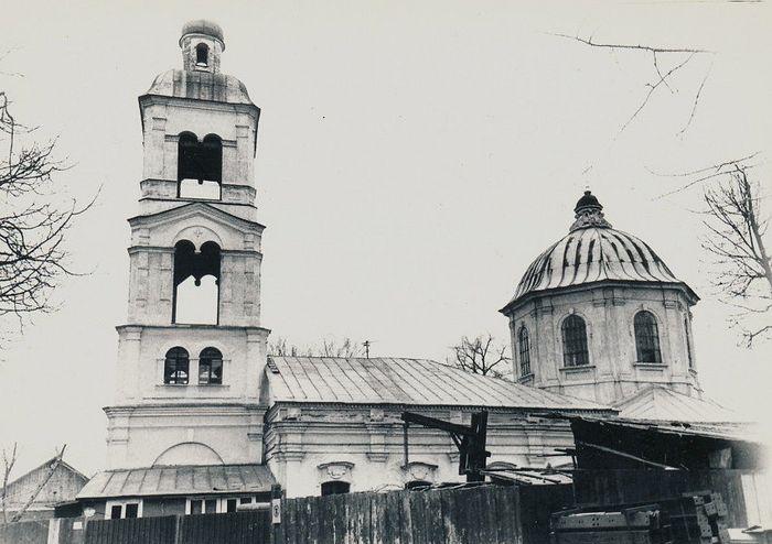 Храм иконы Божией Матери «Живоносный источник» в Царицыно перед восстановлением