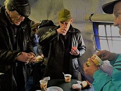 New tradition of feeding homeless to celebrate your birthday begins in Moscow during quarantine