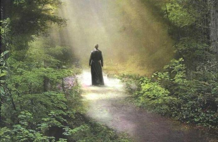 В издательстве Псково-Печерского монастыря «Вольный Странник» предложили рассказать о любимых духовных книгах
