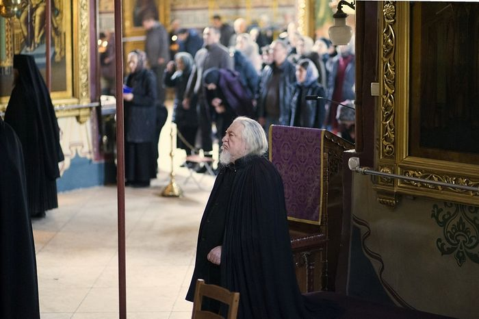 Отец Никодим (Деев) в Успенском соборе Лавры