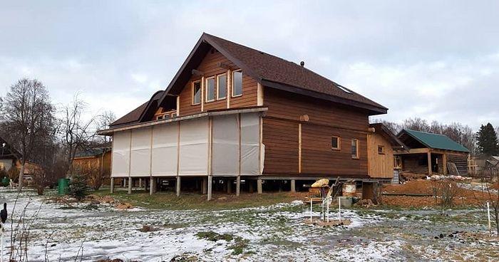 Строится дом-театр