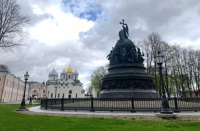 Новгородский музей опроверг информацию о порче памятника Тысячелетие России из-за дезинфекции