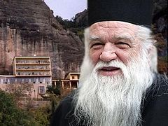 Greek metropolitan excommunicates Minister who said communing is dangerous, Holy Synod overturns his decree
