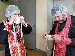 Как вызвать священника и получить помощь волонтера во время эпидемии коронавируса?