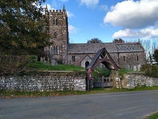 St. Brendan's Church in Brendon, Devon (taken from Tripadvisor.ru)