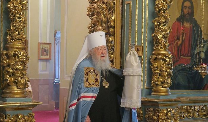 В Подмосковье открывают храмы для прихожан, но службы будут проходить на улице