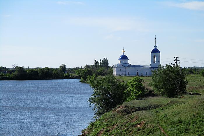 Никольский храм в селе Дьяковка