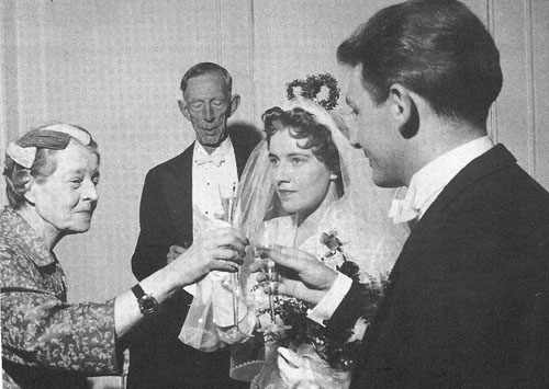Maria Pavlovna and her former husband Wilhelm (back of the photo) at her granddaughter's wedding (the daughter of her son Lennart), 1949.
