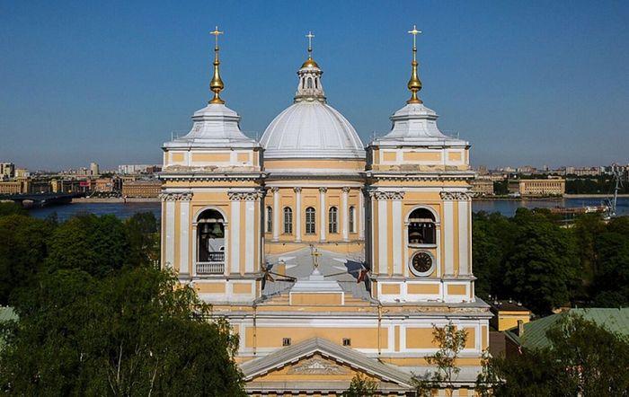 В Санкт-Петербурге объявлен конкурс на разработку проекта по сохранению Александро-Невской лавры