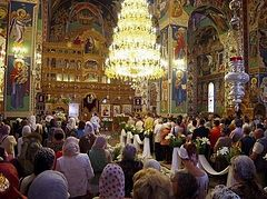 Romania gives green light for services to be held inside churches again