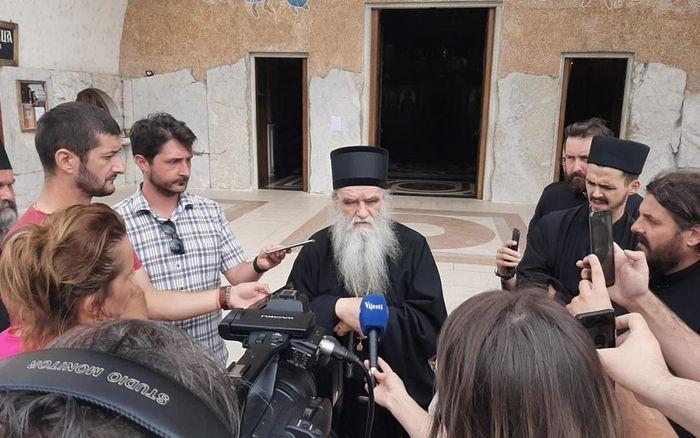 Митрополит Амфилохий: Арестами священников хотят запугать народ