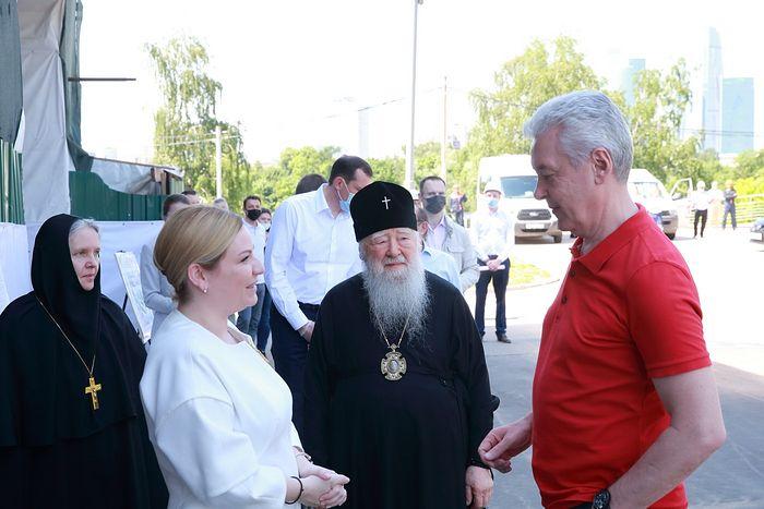 Мэр Москвы Сергей Собянин посетил столичный Новодевичий монастырь