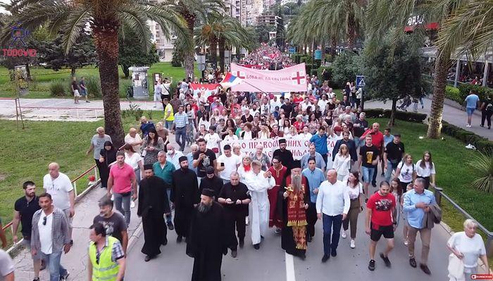 Крестный ход по улицам Будвы, 21 июня 2020 г.