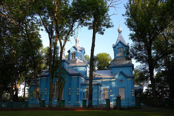Современный вид храма св. вмц. Параскевы Пятницы с. Вилия Острожского района Ровенской области. Год постройки – 1905