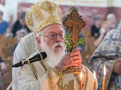 Archbishop Anastasios of Albania undergoes angioplasty