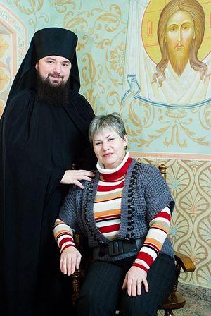 Монах Николай (Муромцев) с мамой