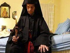 Fr. Nikodemos, brother of Elder Ephraim of Arizona, reposes in the Lord