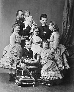The family of Grand Duke Louis IV of Hesse and by Rhine, 1876