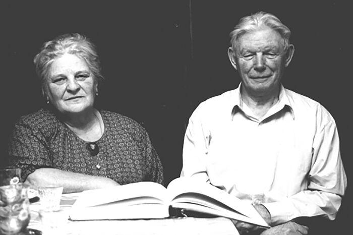 Ирина Николаевна и Николай Николаевич Третьяковы. 2002 год.