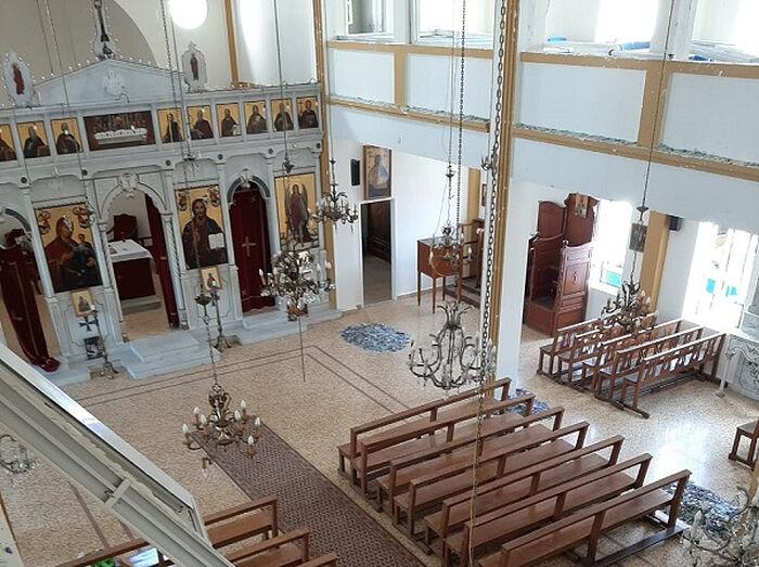Храм святой Екатерины до и после уборки последствий взрыва