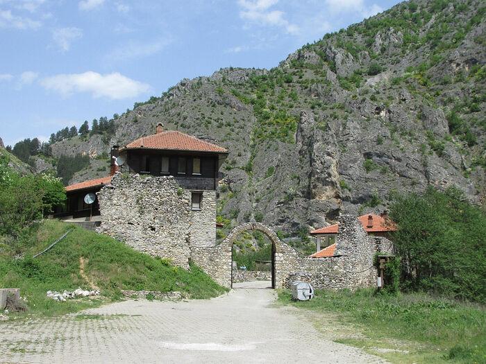 Μοναστήρι Αγίων Αρχαγγέλων