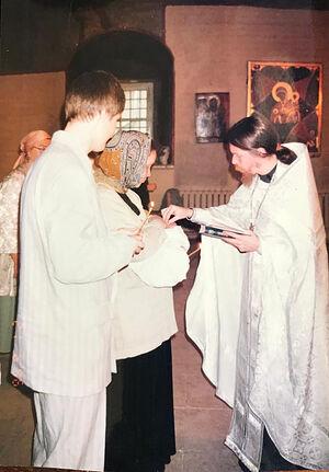 Крестины. Крестит иеромонах Тихон (Шевкунов), крестный Димитрий Таланкин. Сретенский монастырь Москвы
