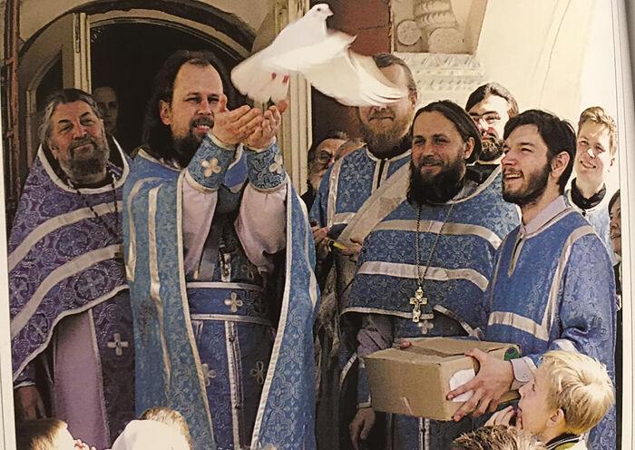 Благовещение во Владимирском храме. Вероятно 2004 г.