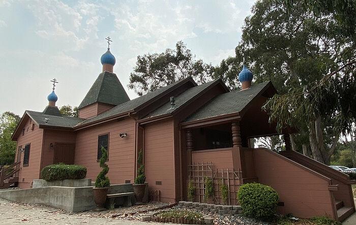Храм преподобного Серафима Саровского в Монтерее