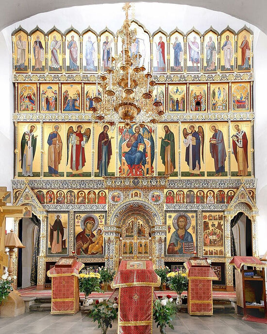 Τέμπλο του ιερού ναού της Αγίας Τριάδος στο Χοχλί της Μόσχας, έχει σχεδιαστεί από τον Αλεξάντρ Λαβντάνσκι
