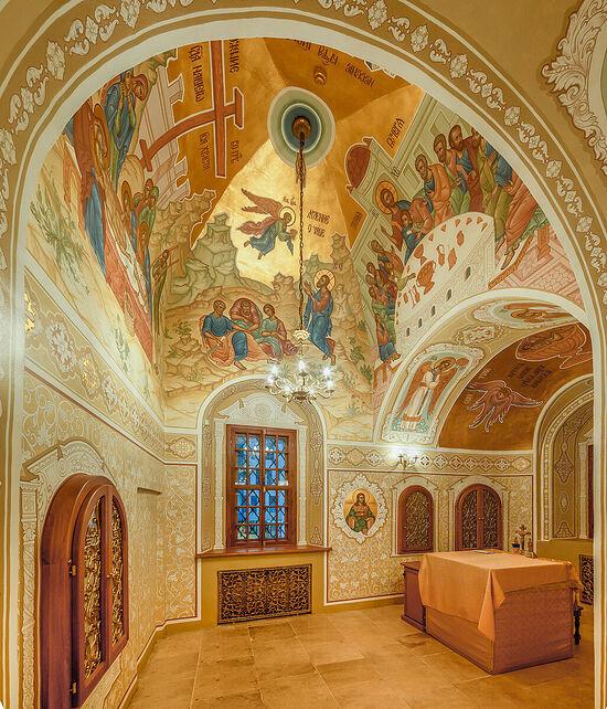 Роспись жертвенника в храме Знамения иконы Божией Матери на Шереметьевом дворе. Москва