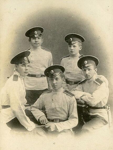Кадеты Хабаровского кадетского корпуса