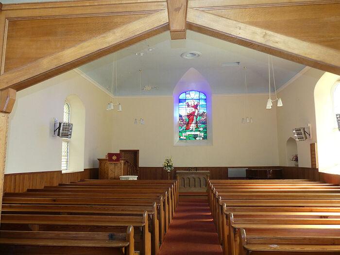 Внутри церкви д. Иннервик, Перт-энд-Кинросс (любезно предоставил - Gordon Stark of Tay and Lyon Churches)
