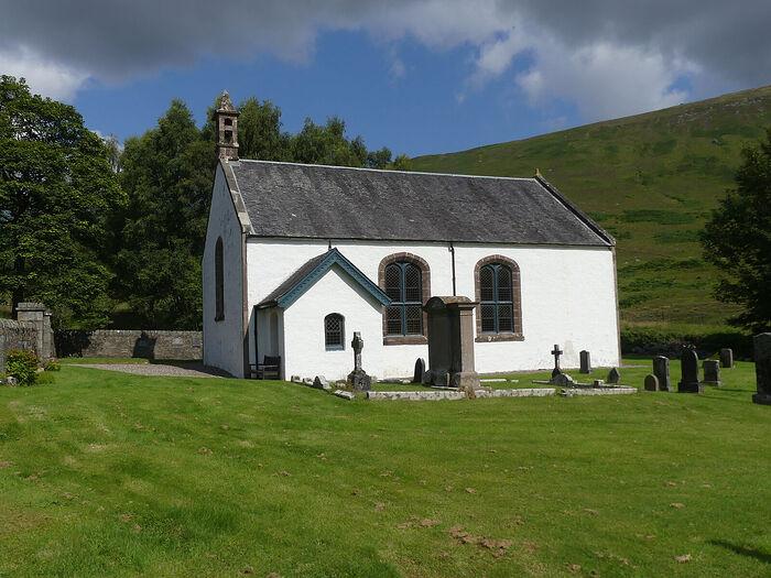 Церковь в деревне Иннервик, Перт-энд-Кинросс (любезно предоставил - Gordon Stark of Tay and Lyon Churches)