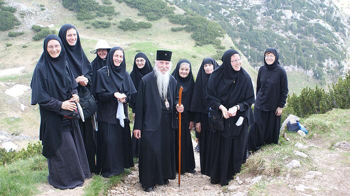 Митрополит Марк (Арндт), матушка Мария и сестры обители преподобномученицы Елисаветы в Бухендорфе. Поездка в горы
